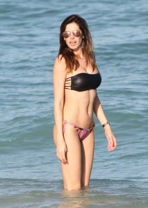 Venezuelan television personality, model, actress and former beauty pageant Aida Yespica and boyfriend showing their love at the beach in Miami